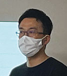 片平芳明氏の写真
